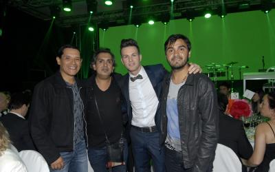"""Diario Uno:  El músico Axel realizó ayer por la noche la gala de su ONG """"Sur Solidario"""""""